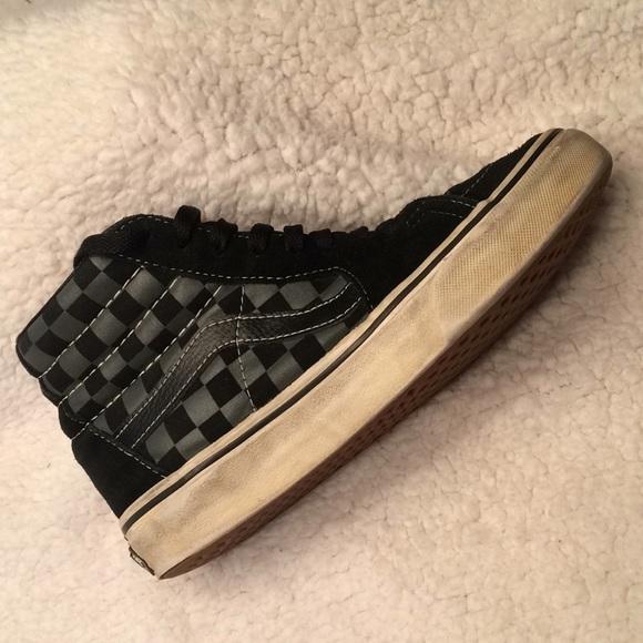 1dd2d77345 Vans SK8-HI checkered black pewter size 6. M 5a8c7af846aa7cf86e435ac3
